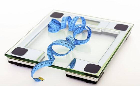Hábitos alimenticios y su relación con la salud mental de los adolescentes
